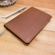 midori md a6 Horween Natural Chromexcel, Medium Brown Stitch